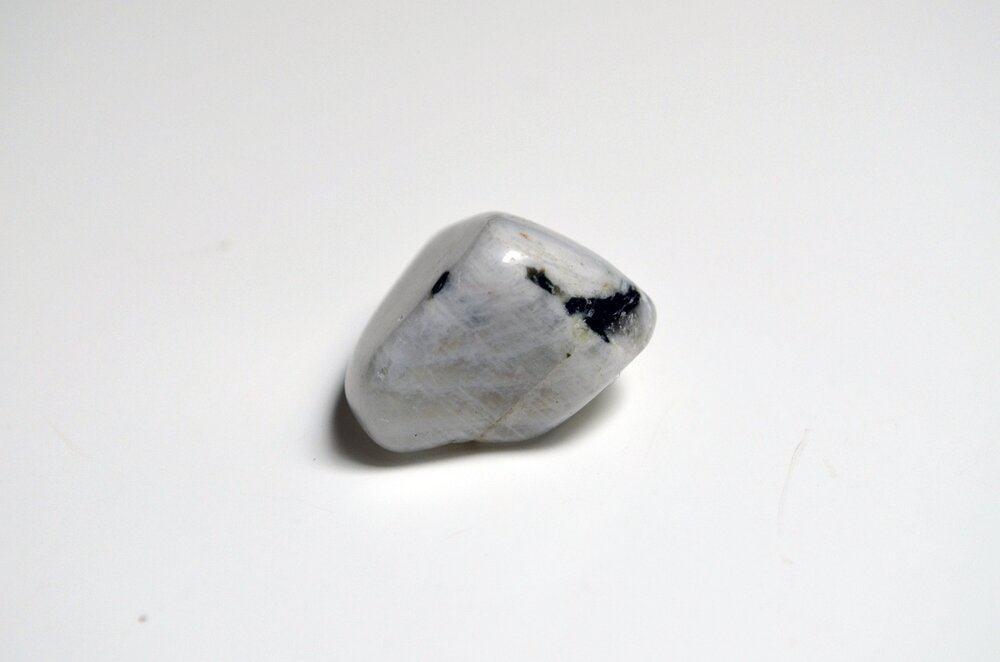 La magia de la piedra lunar