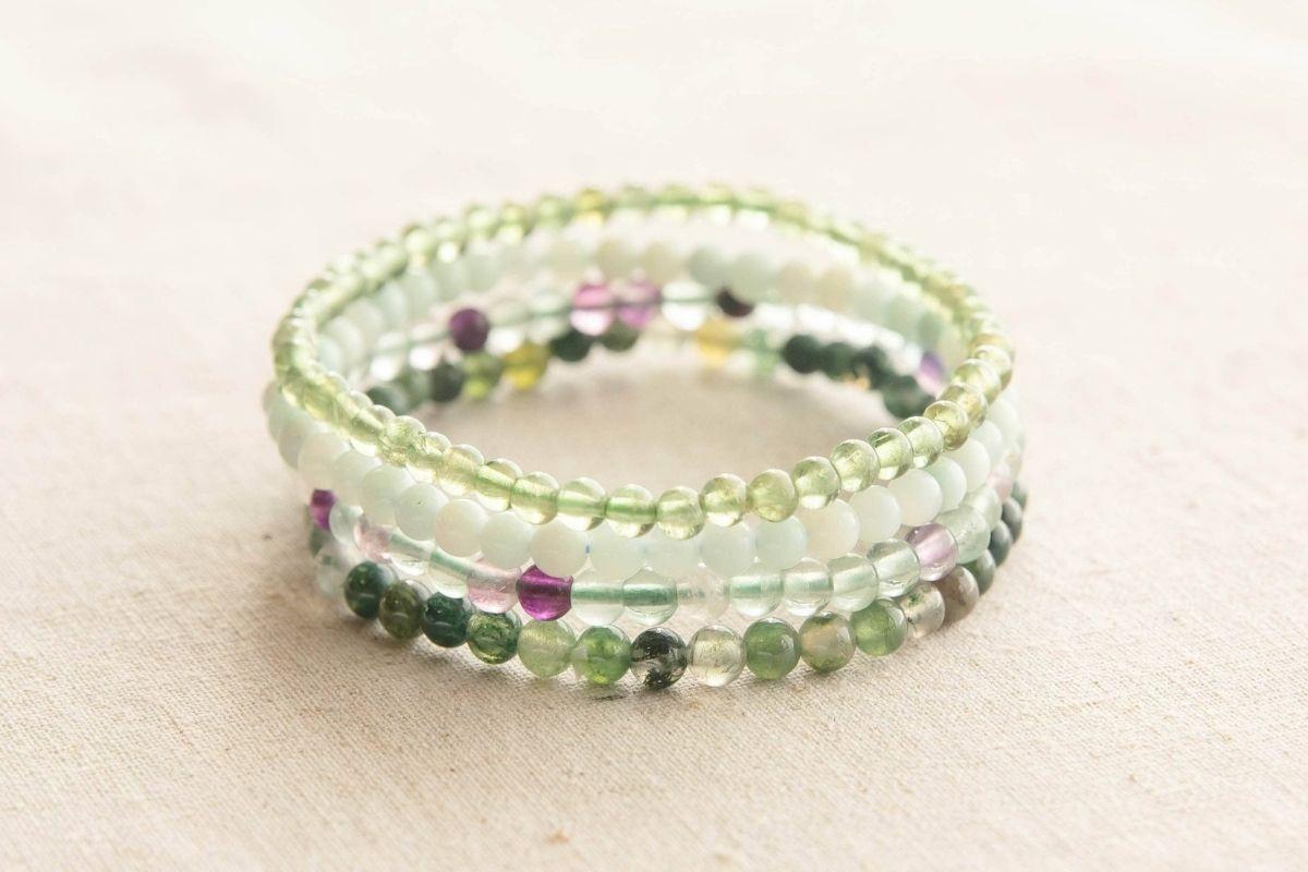 Conjunto de pulseras de piedras preciosas para el signo del zodíaco Virgo