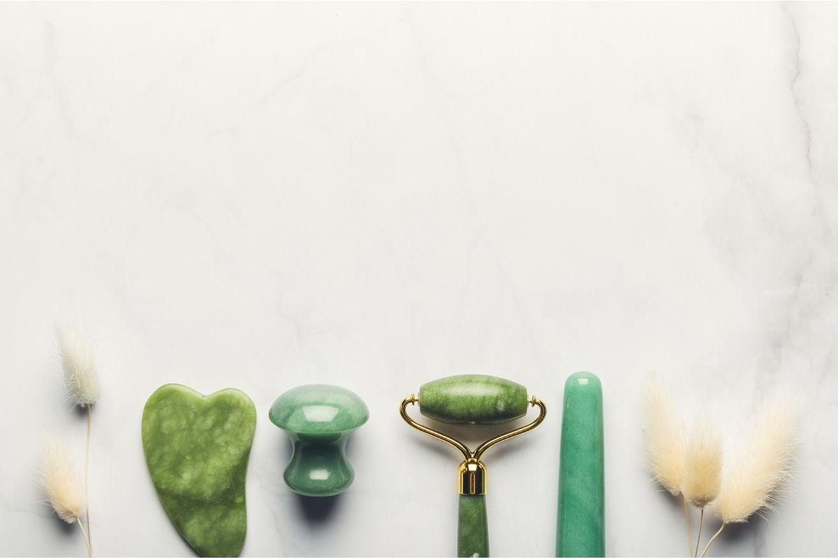 Diferentes formas de piedras de jade.